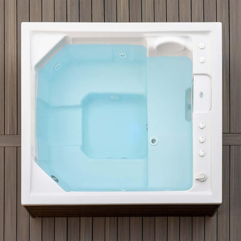 lusso-portable-spa-home